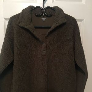 Aerie Fuzzy Forest Green Sweater